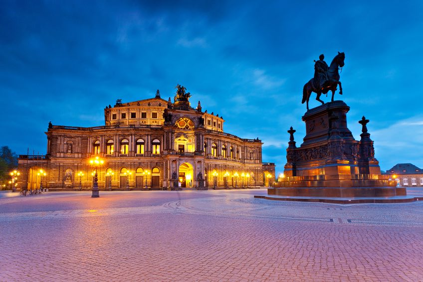 ProLimo | Private Sightseeing Dresden | Semper Opera House