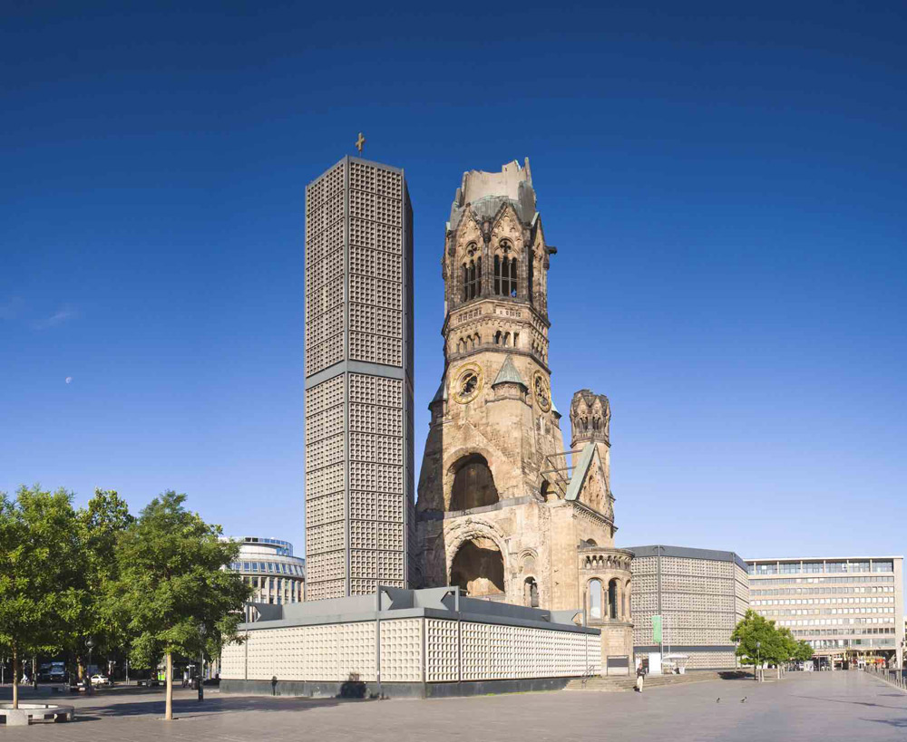 ProLimo | Private Sightseeing Berlin | Full Day | Emperor Wilhelm Memorial Church
