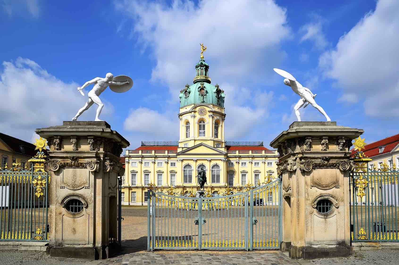 ProLimo | Private Sightseeing Berlin | Berlin Full Day | Charlottenburg Palace